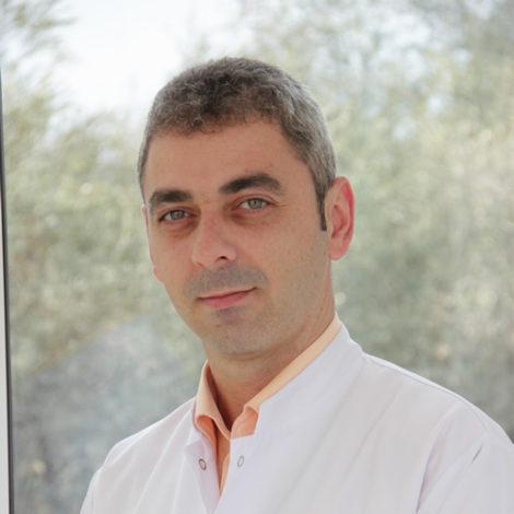 Dr. Bardhyl Popa