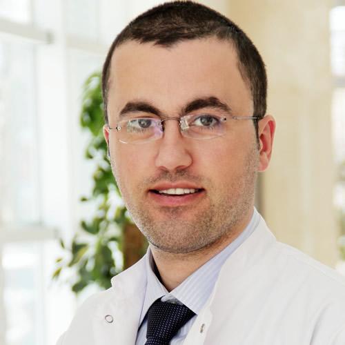 Dr. Elton N. Peçi