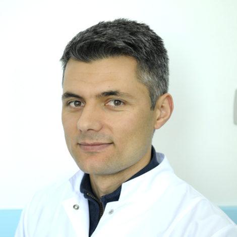 Dr. Ismail Halili