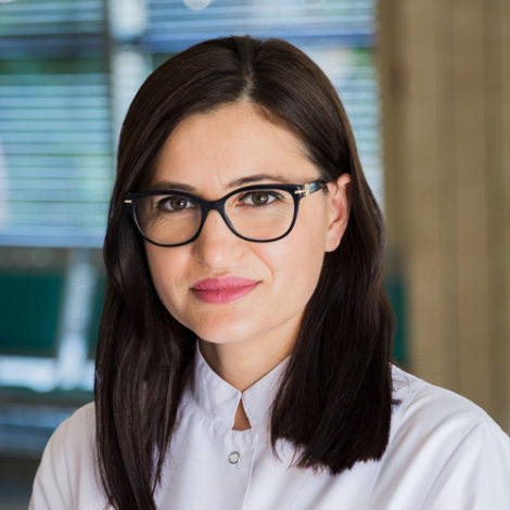 Dr. Esmeralda Angjeli