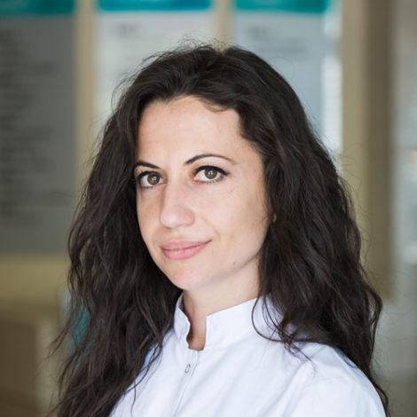 Dr. Olsiva Peçi